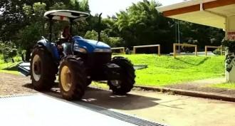 Traktör Nasıl Sürülür?