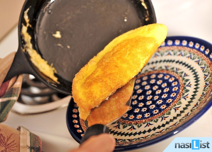 peynirli omlet nasıl yapılır